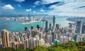 How did Hong Kong successfully manage the virus?