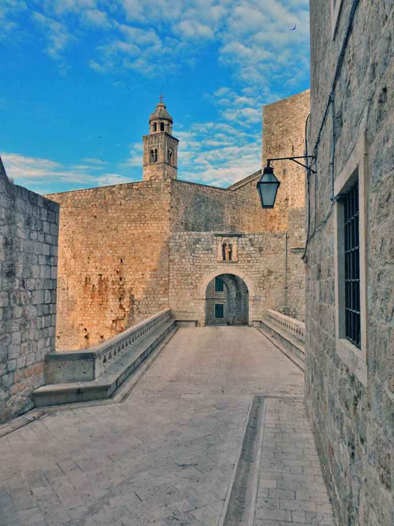 If you have 2 days in Dubrovnik, make an early start to see early morning sun on the Polce gate at Dubrovnik Old Town