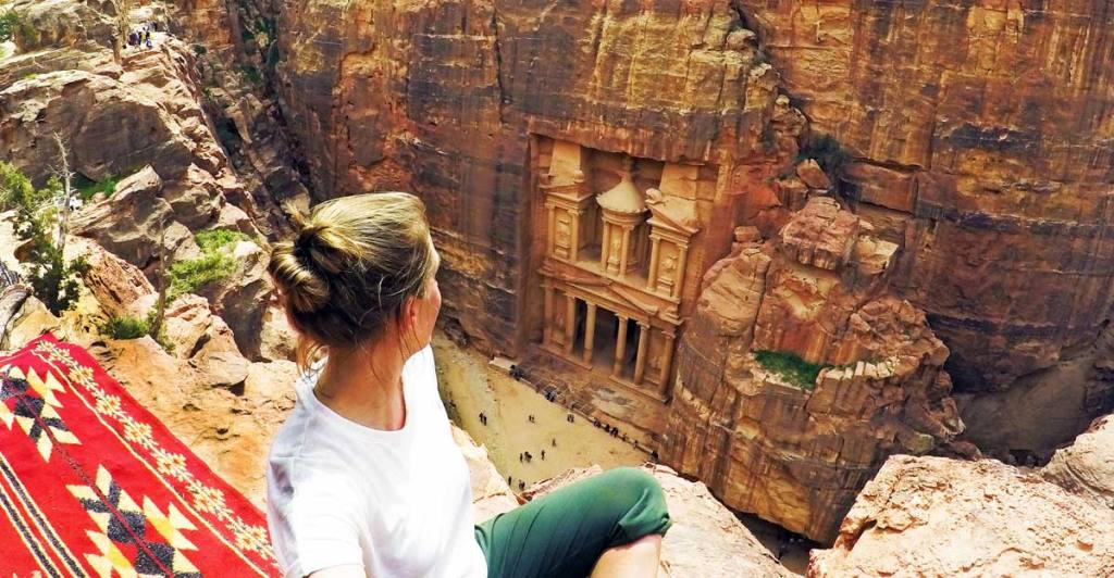 Me-Looking-down-over-the-Treasury-at-Petra-Optimised