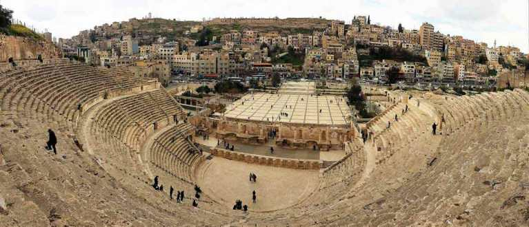 Large-Colosseum-in-City-of-Amman-Optimised