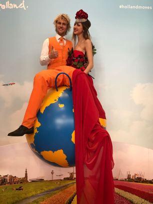 Lady in Red & Mister in Orange