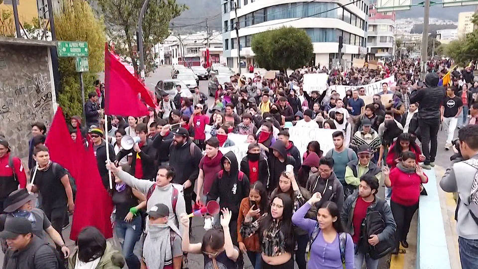 protestos no equador gasolina poltica america do sul combustivel governo