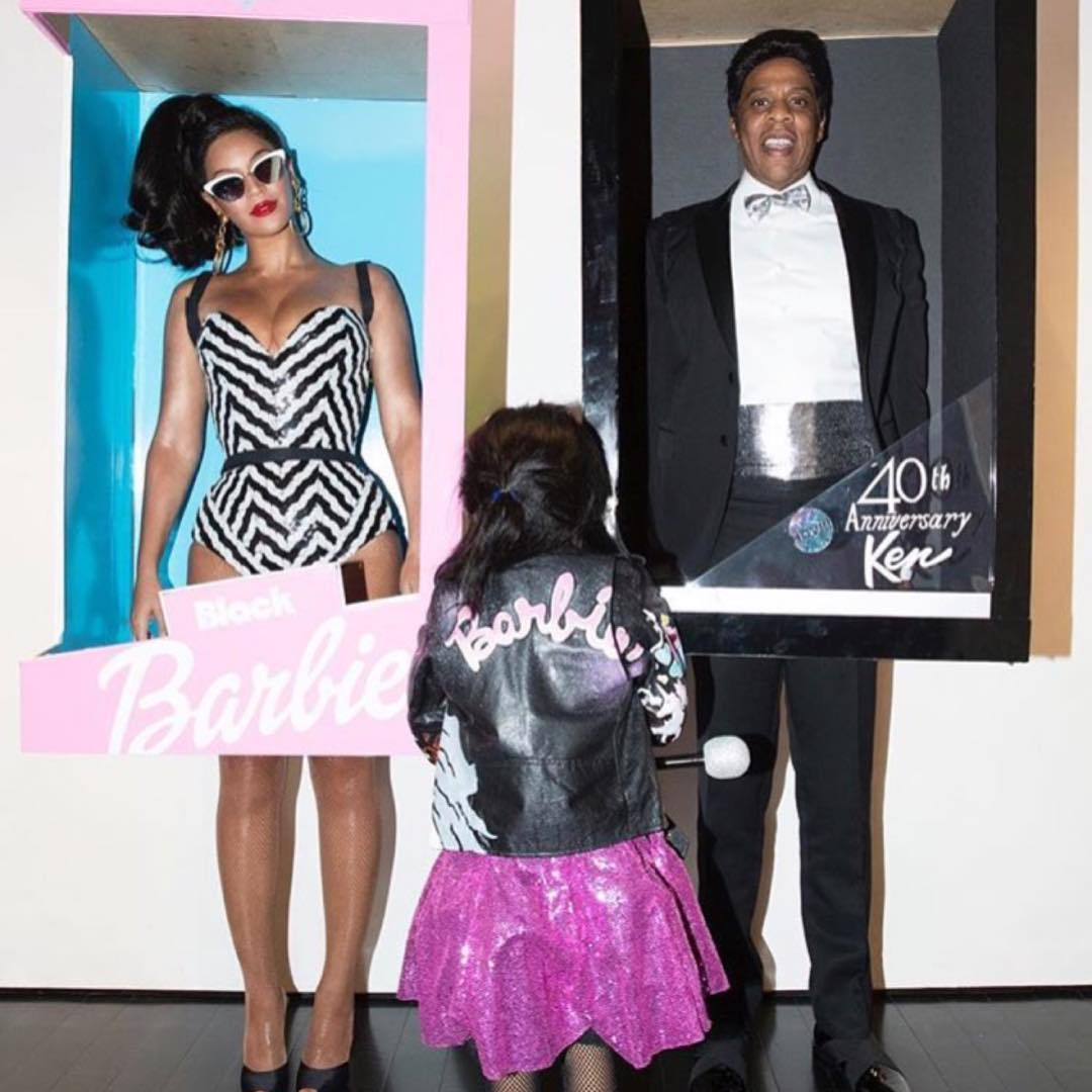 10 of the Best Celebrity Halloween Costumes From Then and Now & 10 of the Best Celebrity Halloween Costumes From Then and Now - MEFeater