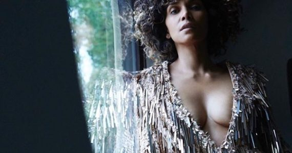 Halle-Berry-Curly