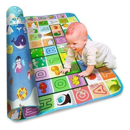 Alfombra para gateo de bebe con letras del abecedario con bebé mega bahía