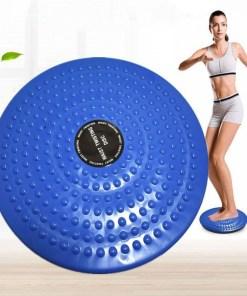 Chica con disco giratorio para ejercicios yoga mega bahía para ejercicios
