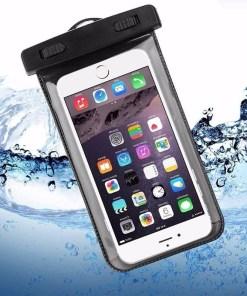 Funda impermeable para celular protector contra el agua color negro uso mega bahía