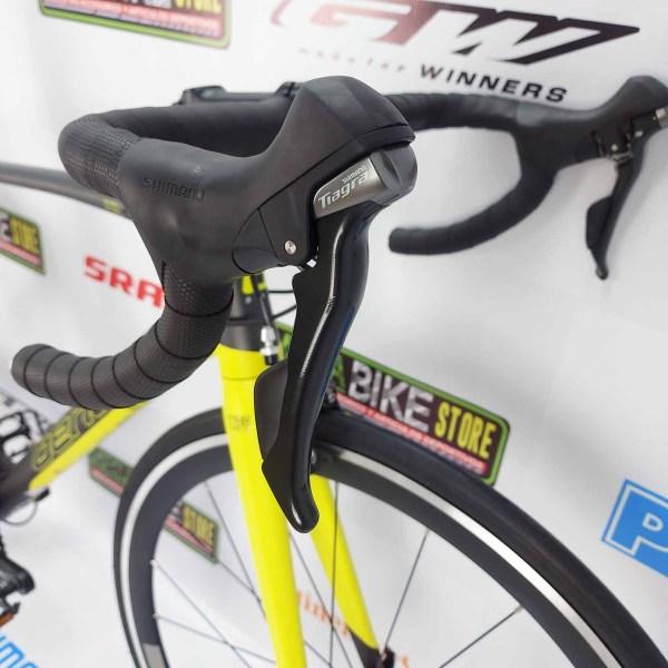 Bicicletas-talla-aro-700-mega-bike-store-bike-ruta-carrera-shimano-triatlón-benelli-cst700-tiagra-carbono-aluminio
