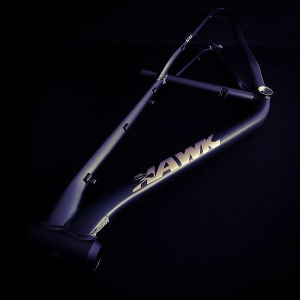 Bicicleta-guayaquil-mtb-montañera-talla-mega-bike-store-bike-shimano-cuadro-hawk-aro-26-aluminio.