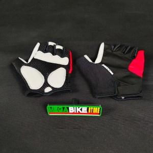 Bicicleta-guayaquil-mtb-montañera-talla-mega-bike-store-bike-shimano-guantes-moxal.