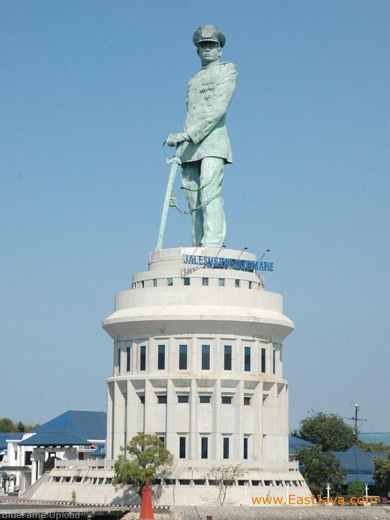 Monumento De Jalesveva Jayamahe Megaconstrucciones