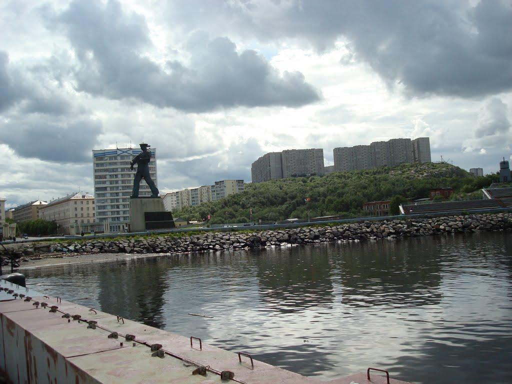 Monumento A Alyosha En Severomorsk Monumento A Los H 233 Roes
