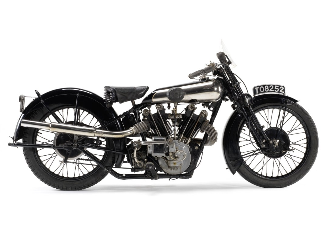 Brough Superior SS100 :: The Rolls Royce Of Motorcycles