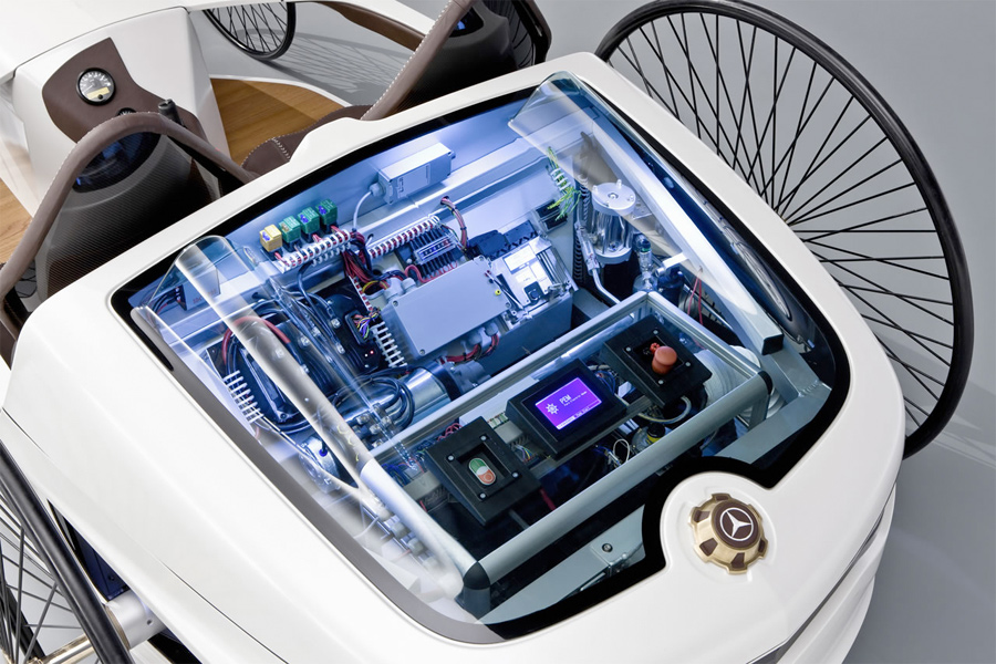 Mercedes-Benz F-CELL Roadster with Hybrid Drive (5)