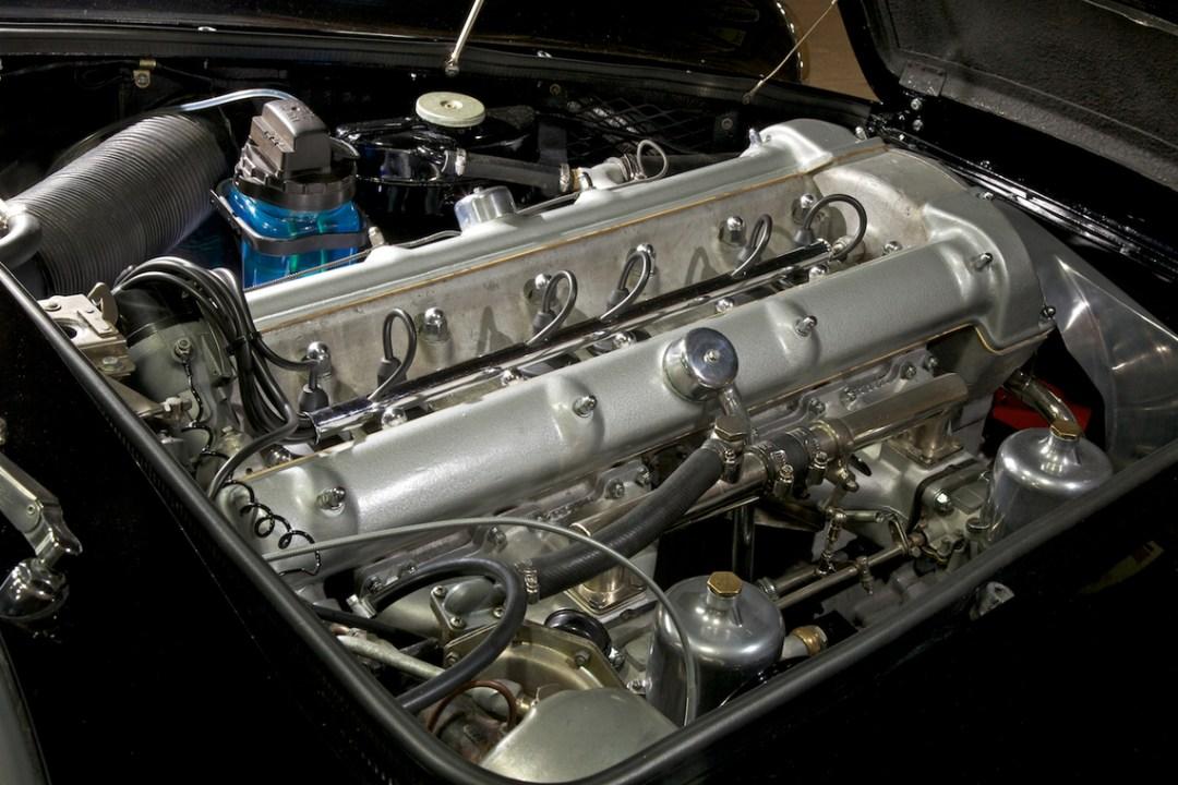 1960 The Aston Martin DB4 (3)