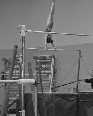 Intrasquad Meet 2013 Bars - Level 7 - Second giant of the routine
