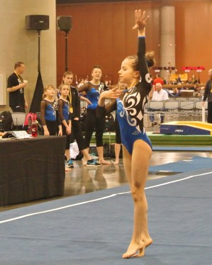 Classic Rock Invitational 2014 Floor Opening Dance Move - Level 7