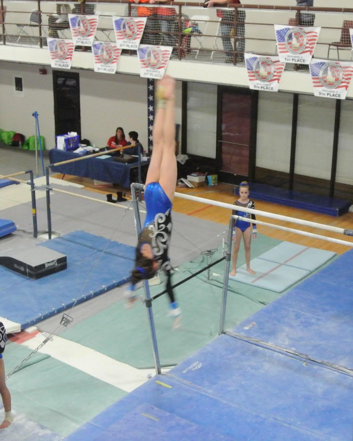 Judges' Cup 2014 Bars Dismount - Level 7