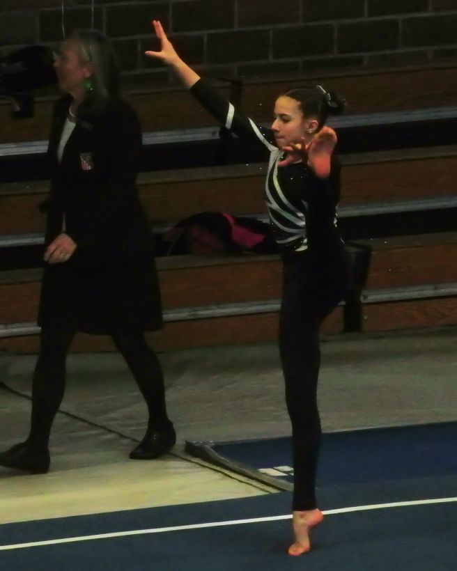 Idaho State Championships 2017 Warm-up with a stretch of those graceful arms and legs - Level 8
