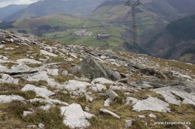 Dolmen 15 en la ladera de Latargi, Erasun