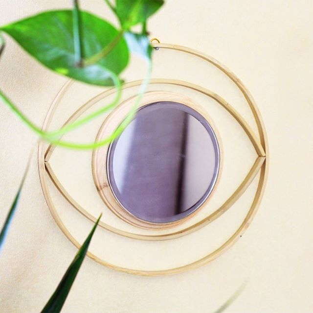 DIY Evil Eye mirror to bring that boho rattan vibe in a modern minimalist way in @hgtvhandmade 👁 link in bio