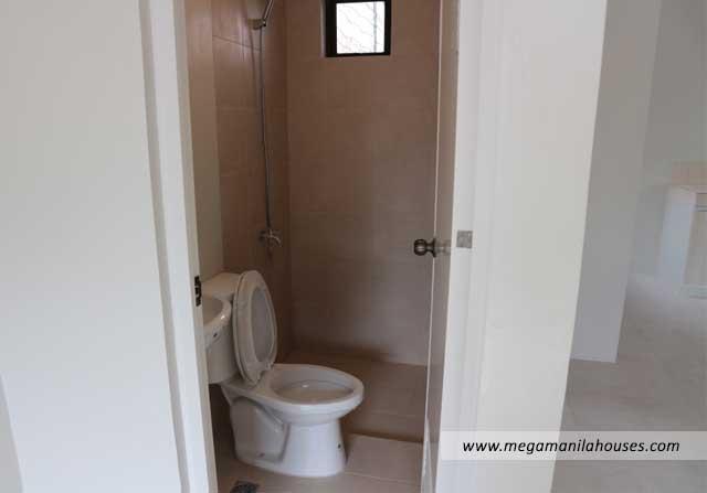 Designer Series 97 at Citta Italia - Luxury Homes For Sale in Citta Italia Bacoor Cavite Turnover toilet and bath
