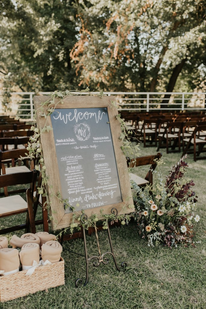 Megan Claire Photography | Northern California Wedding Photographer. Outdoor fall farm wedding details in california @meganclairephoto