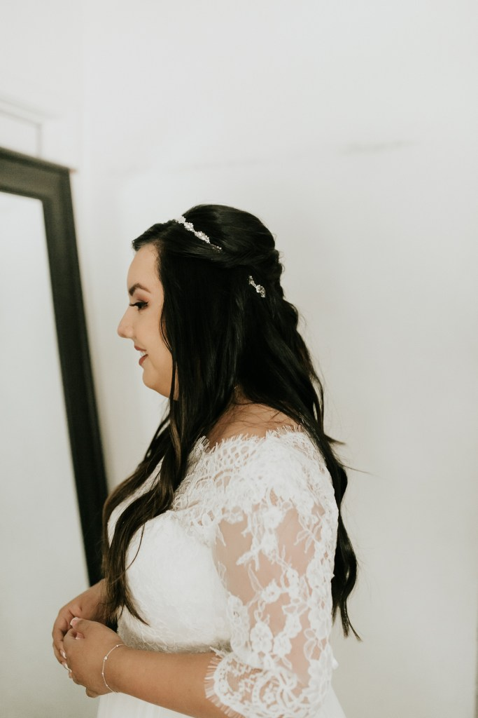 Megan Claire Photography | Arizona Wedding Photographer. Bride getting ready photos