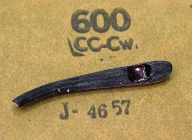 #600メッシュのサンドペーパである程度表面をならしたところ。