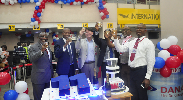 11TH Anniversary: Dana Air  Serenade, Reward passengers with gifts.