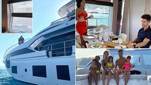 Ronaldo buys £5.5m Yacht