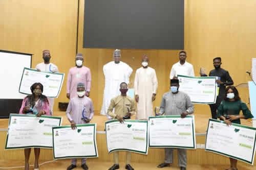 FG splashes prizes to winners Of Nigeria @60 challenge