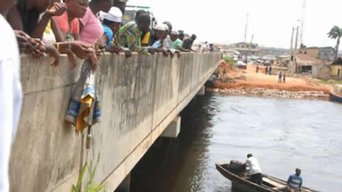 JUST IN: Many missing as truck plunges into Lagos river