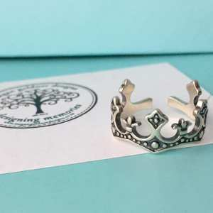 Sterling Silver Adjustable Queen Ring