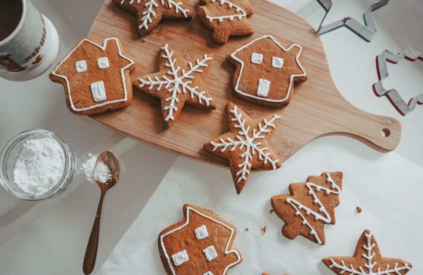 the easy Gingerbread cookie recipe
