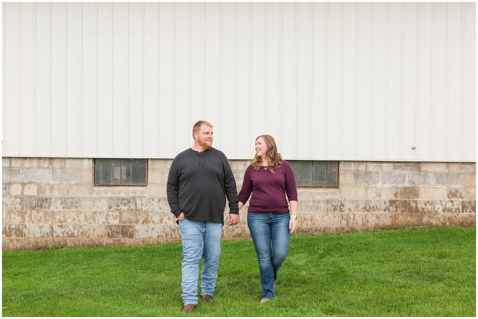 Iowa City Wedding Photographers - Rural Iowa Engagement Session-Megan Snitker Photography_0024.jpg