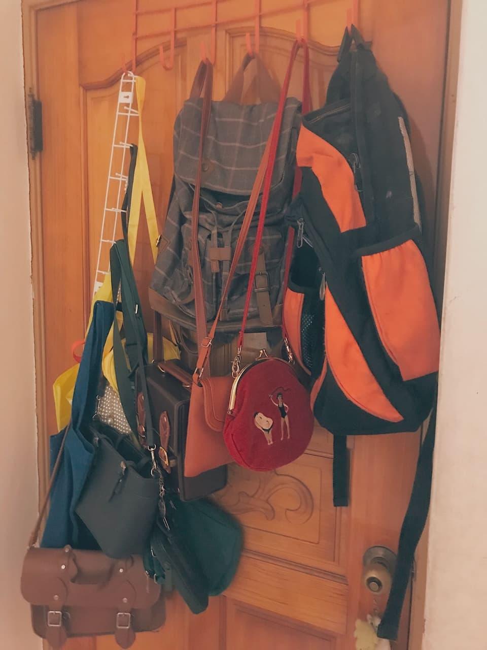 會被媽媽罵死的 What's in my room  </p> </div><!-- .entry-content -->  </article><!-- #post-38124 -->  <nav class=