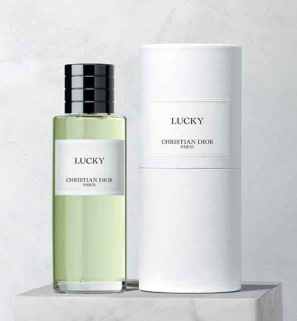 Christian Dior 訂製香 - 香氛板   Dcard