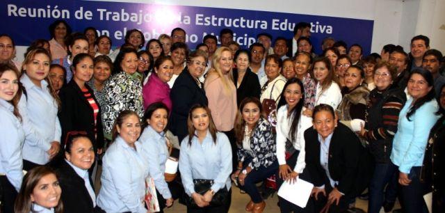 Preside Alma Laura Amparán reunión de trabajo de la infraestructura educativa con Gobierno Municipal