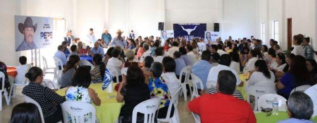 Apoya magisterio proyecto de PePe Ríos (3)