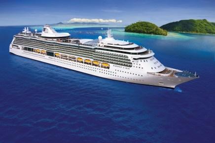 Conoce El Harmony Of The Seas, El Crucero Más Grande Del Mundo – Tiene Una Enorme Sala De Teatro Y Un Parque Natural