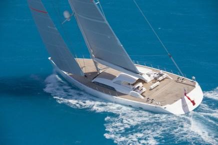 Magnífico Velero En El Que Podrás Navegar En Máxima Comodidad Y Lujo: Unfurled