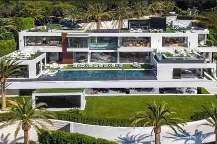 Haz un tour en la mega mansión más cara a la venta actualmente en Estados Unidos – Un palacio en Bel Air de ¡$250 MILLONES!