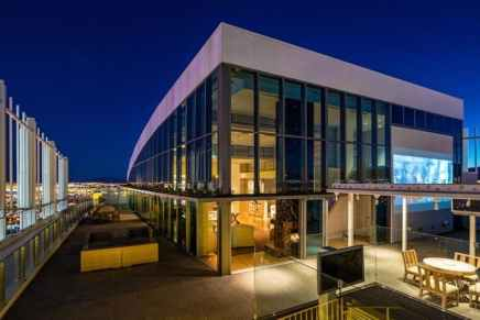 Este exclusivo penthouse de $18 millones en Palms Place, Las Vegas viene con un Lamborghini