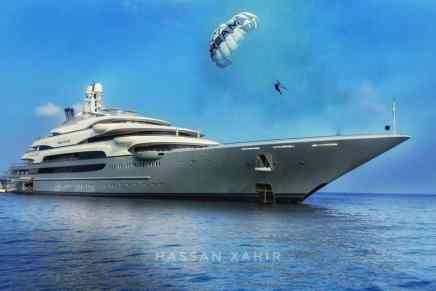 El gigantesco Ocean Victory de 140 metros fue visto en las Maldivas