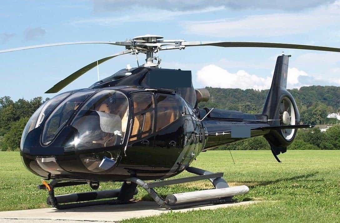 Elicottero C130 : Eurocopter b vuela con clase y estilo en este