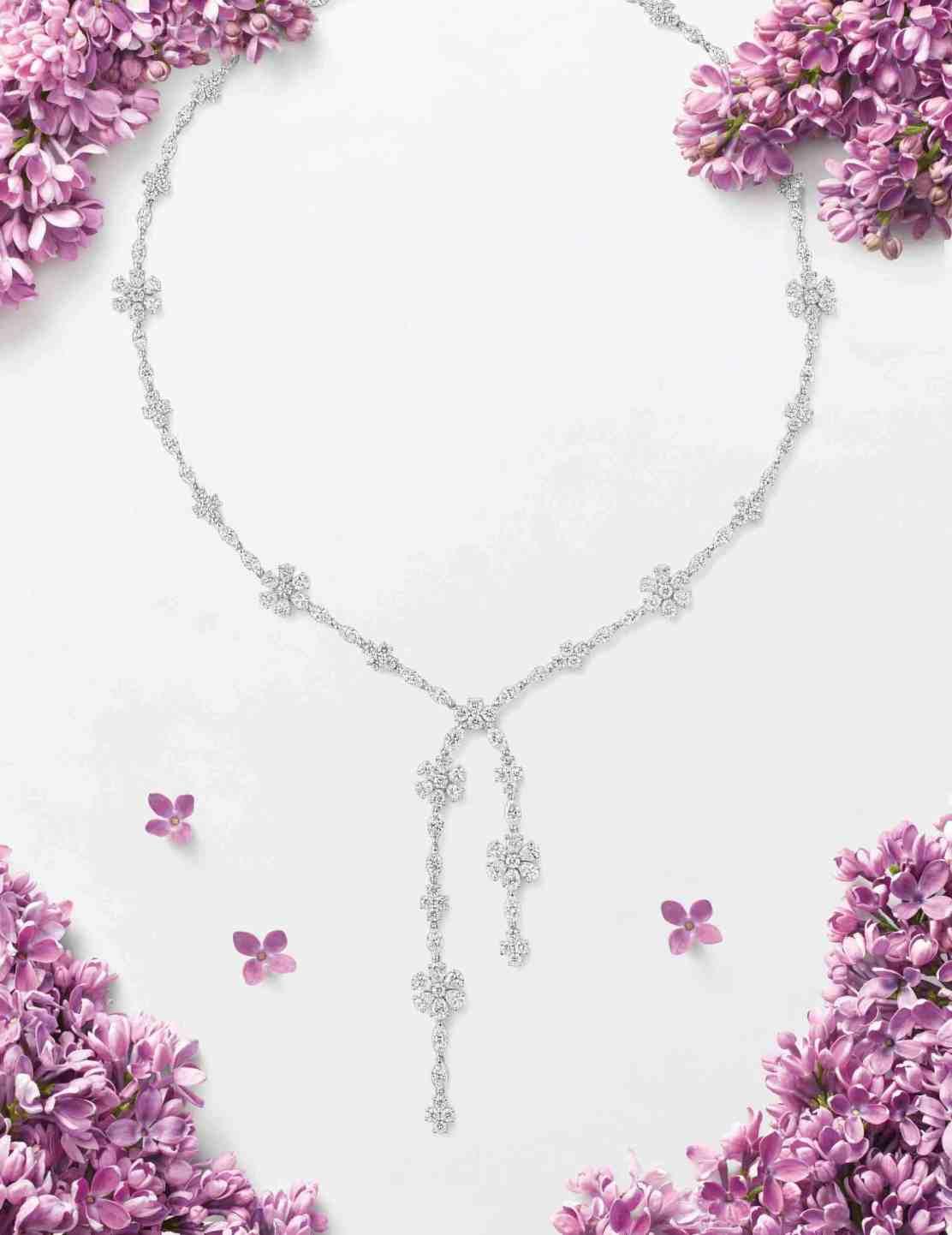 Harry Winston lanza la colección de joyas Forget-Me-Not