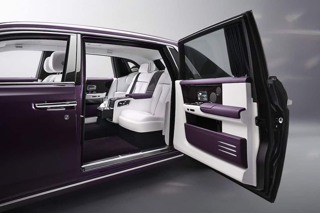 El nuevo Rolls-Royce Phantom VIII es como un moderno jet privado para las carreteras