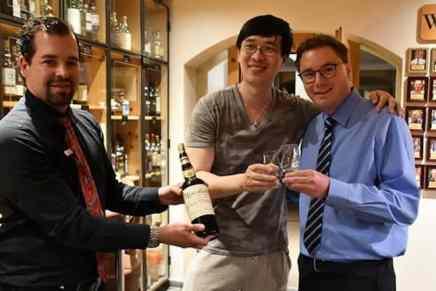 ¿Pagarías €8.733 por una copa de whisky?