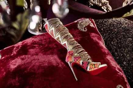 Christian Louboutin colabora con Sabyasachi Mukherjee para una hermosa colección de calzados